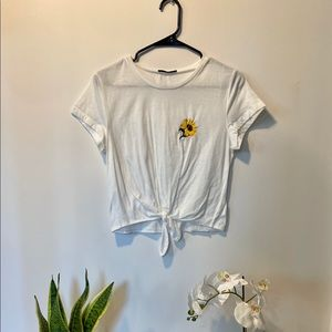 Whit Sunflower Crop Top
